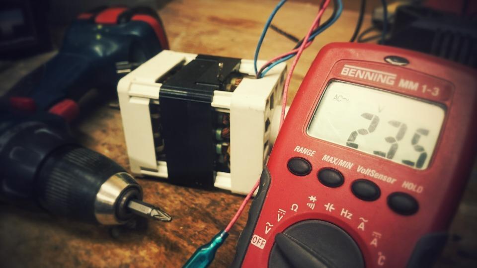 electric-948208_960_720